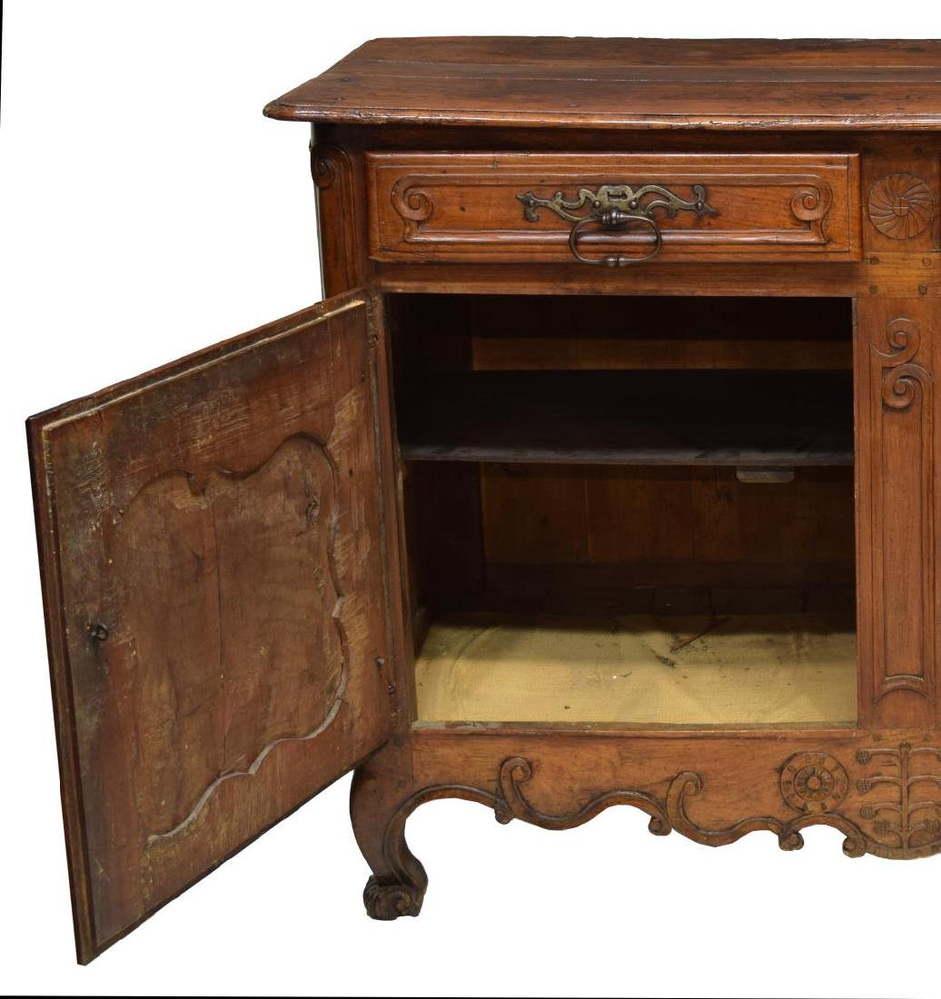 FRENCH LOUIS XV 18TH C. SIDEBOARD - 3