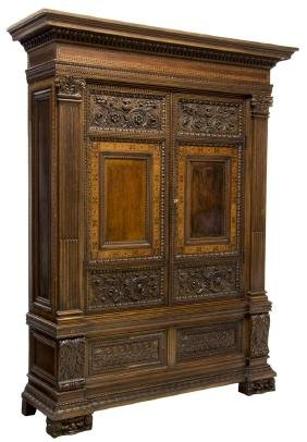 ITALIAN RENAISSANCE REVIVAL FINELY CARVED CABINET