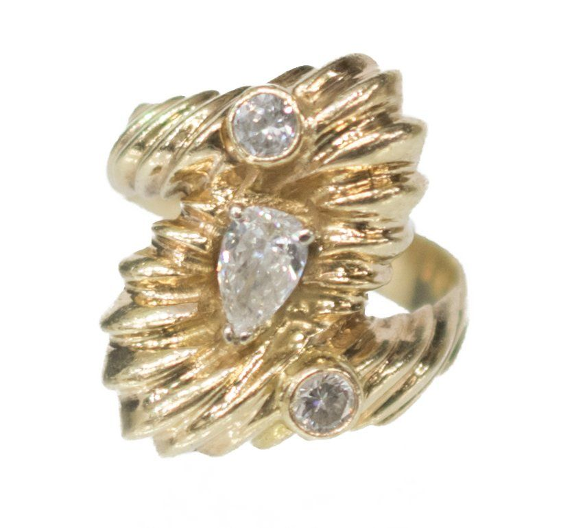 LADIES ESTATE 14KT YELLOW GOLD & DIAMOND RING