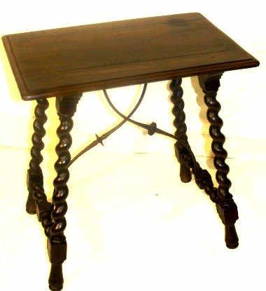 20: ANTIQUE SPAIN TWIST LEG METAL ACCENT TABLE