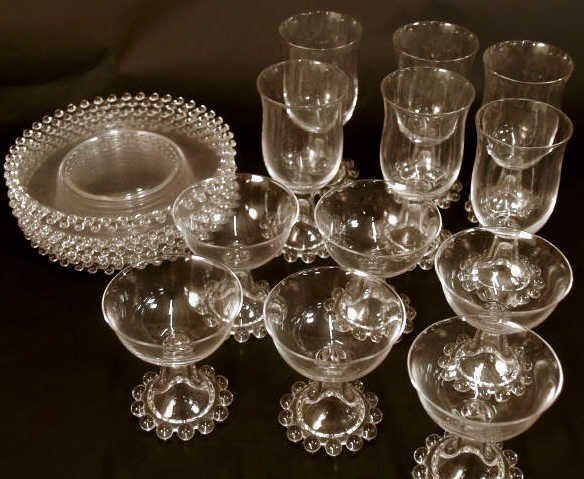 305: 20 PIECES CANDLEWICK STEMWARE, PLATES