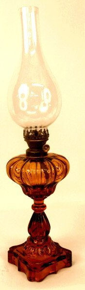 324: ANTIQUE FRENCH AMBER GLASS OIL LAMP