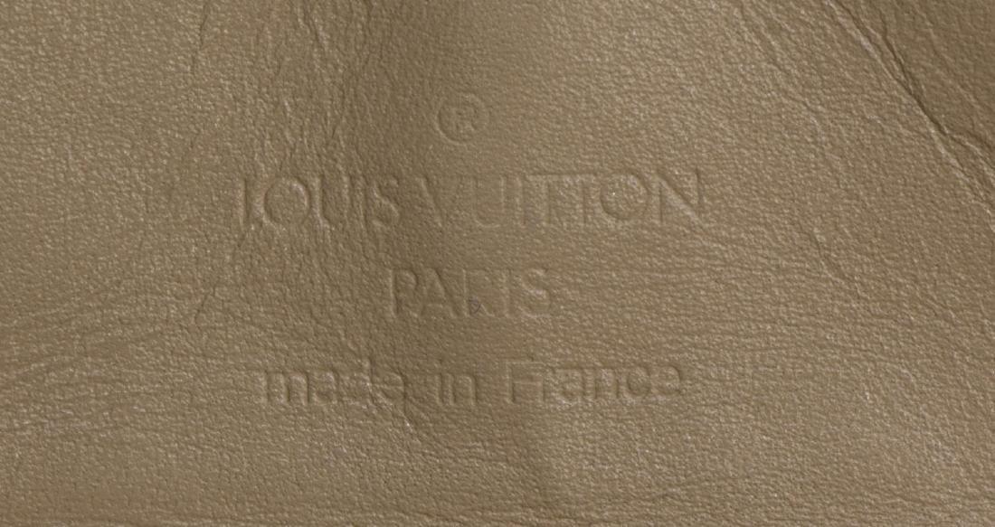 LOUIS VUITTON CHERRY BLOSSOM INTERNATIONAL WALLET - 5