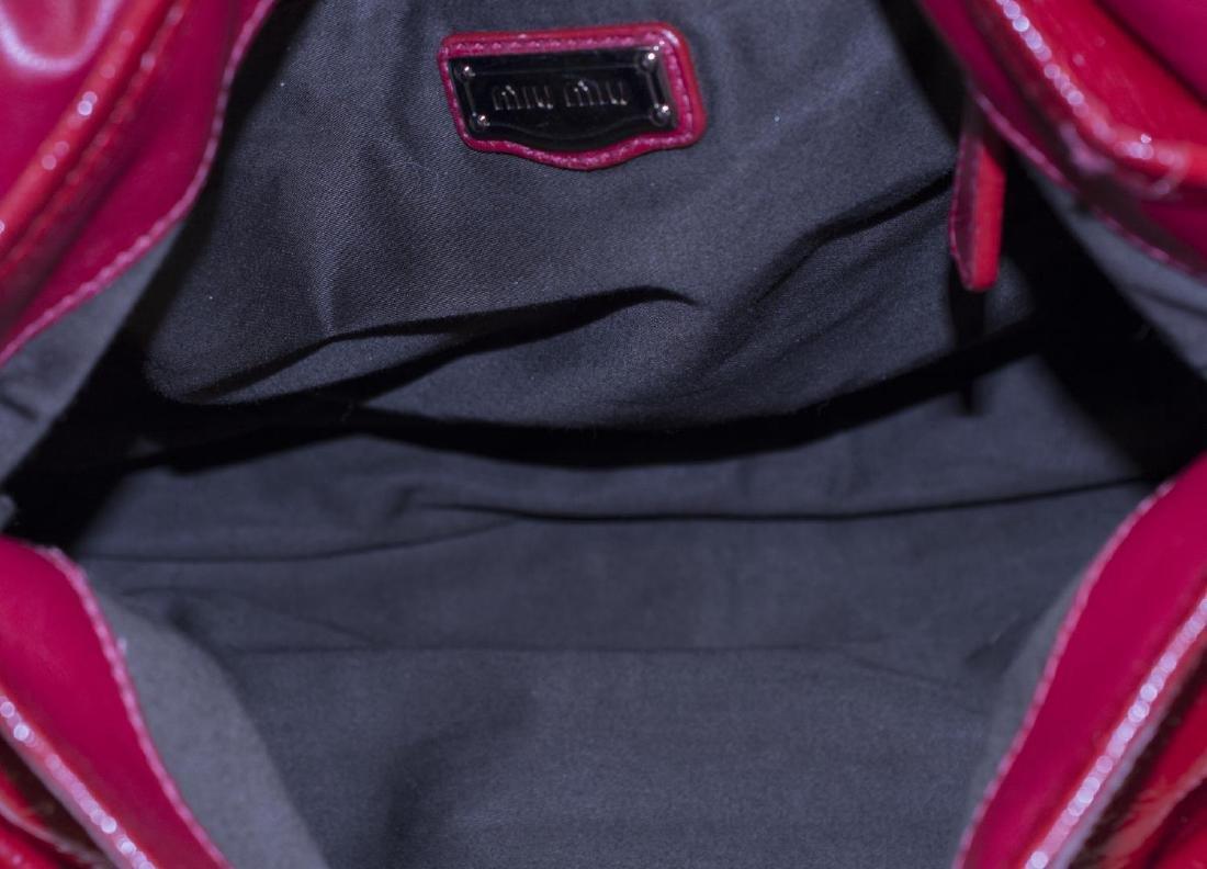 MIU MIU 'COFFER' RED PATENT LEATHER SHOULDER BAG - 4