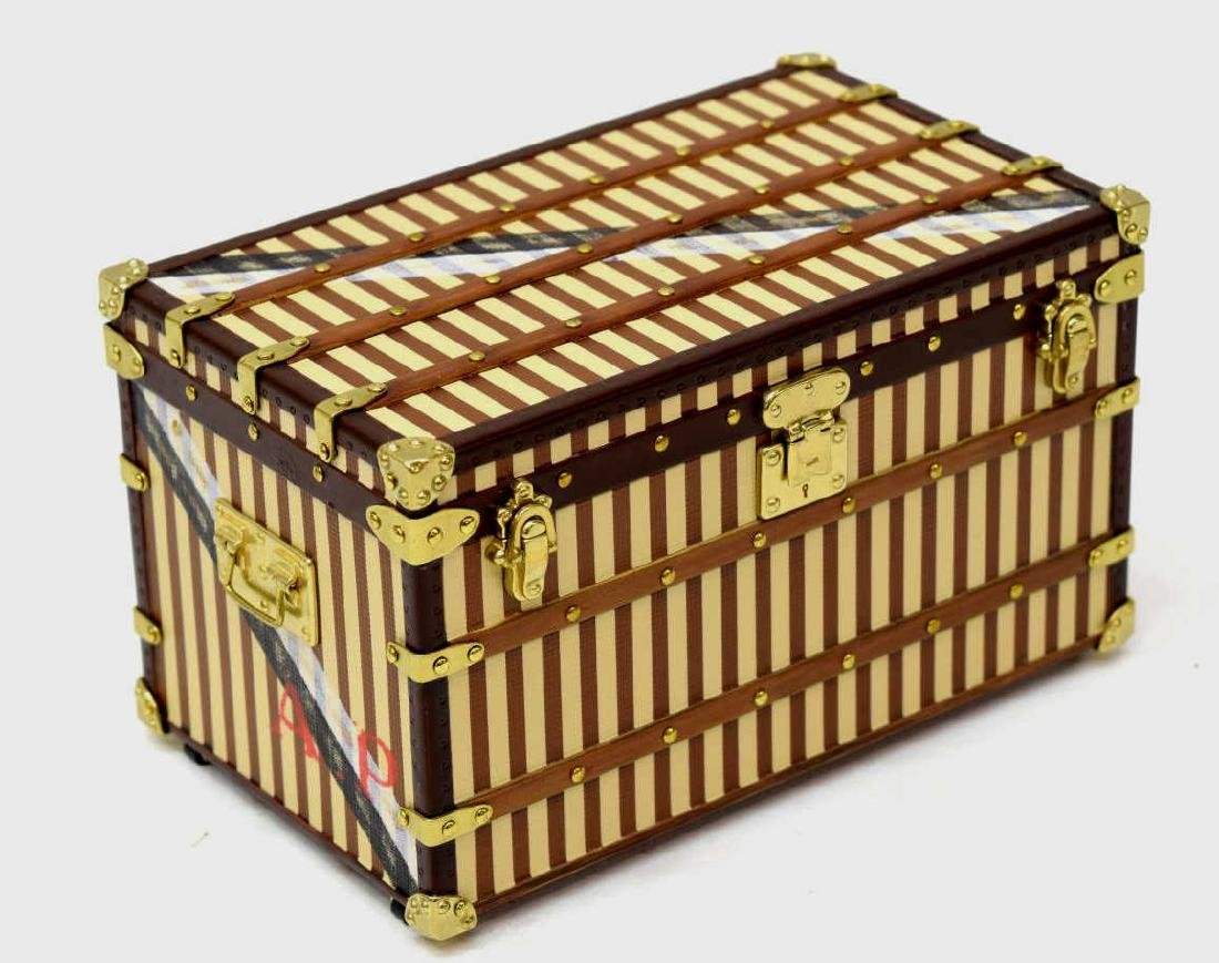 LOUIS VUITTON MALLE COURRIER TRUNK PAPERWEIGHT - 2