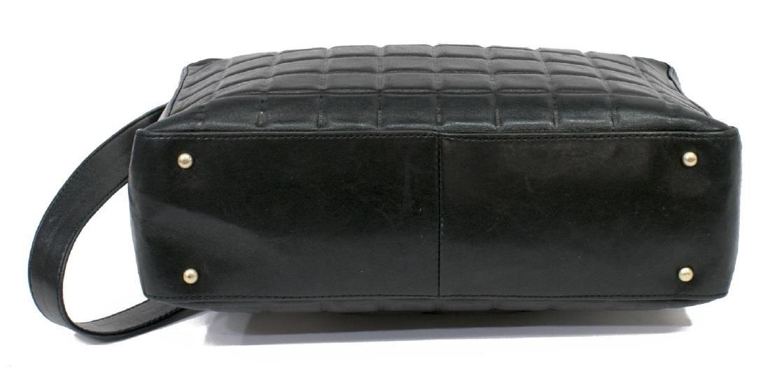 CHANEL BLACK SQUARE QUILTED LEATHER SHOULDER BAG - 3