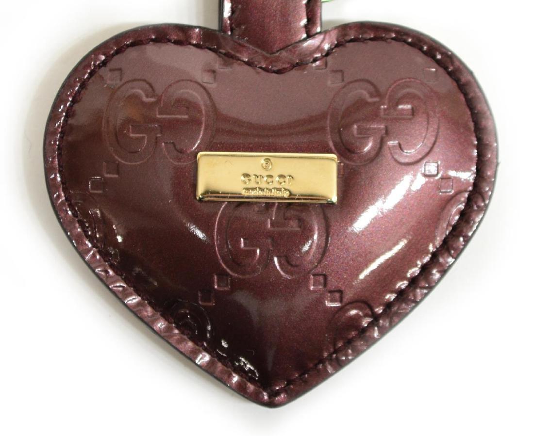GUCCI 'GUCCISSIMA' HEART SHAPE PATENT KEY RING - 2