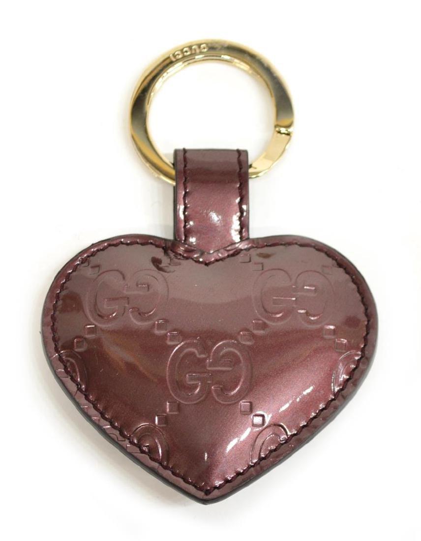 GUCCI 'GUCCISSIMA' HEART SHAPE PATENT KEY RING - 3