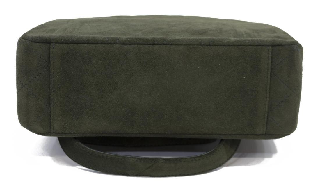 CHANEL GREEN QUILTED SUEDE SHOULDER BAG - 3