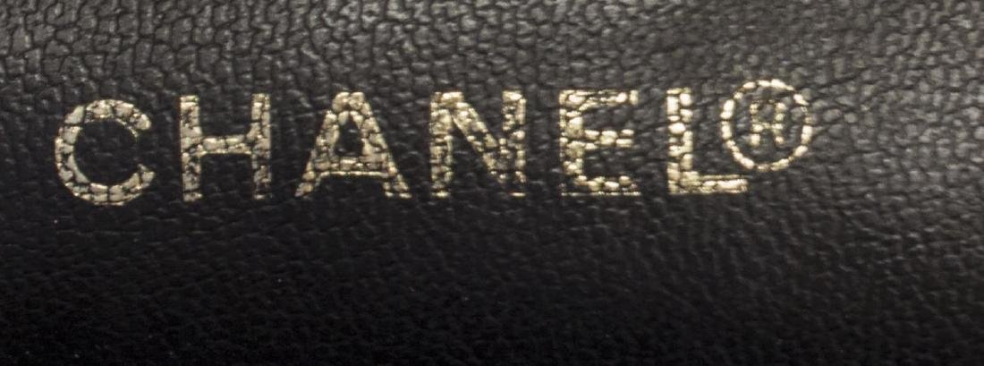 CHANEL BLACK PATENT LEATHER COSMETIC BAG - 4