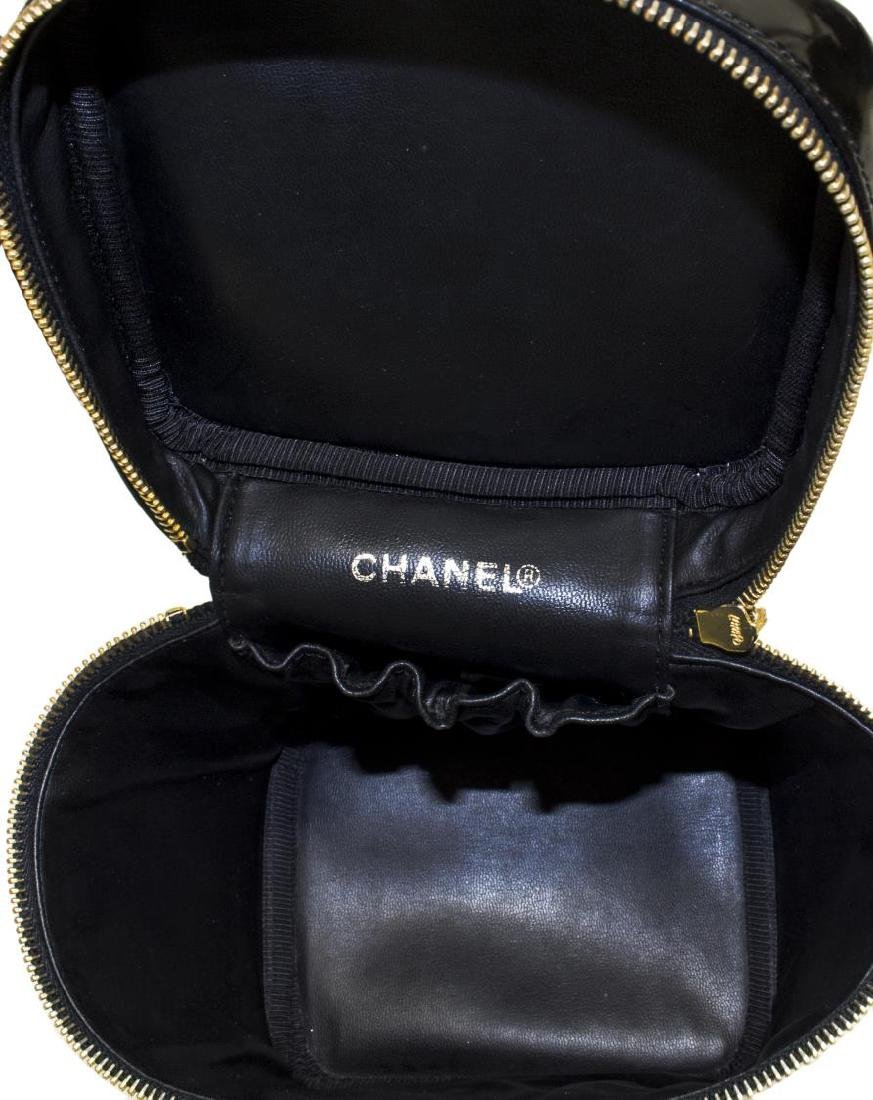 CHANEL BLACK PATENT LEATHER COSMETIC BAG - 5