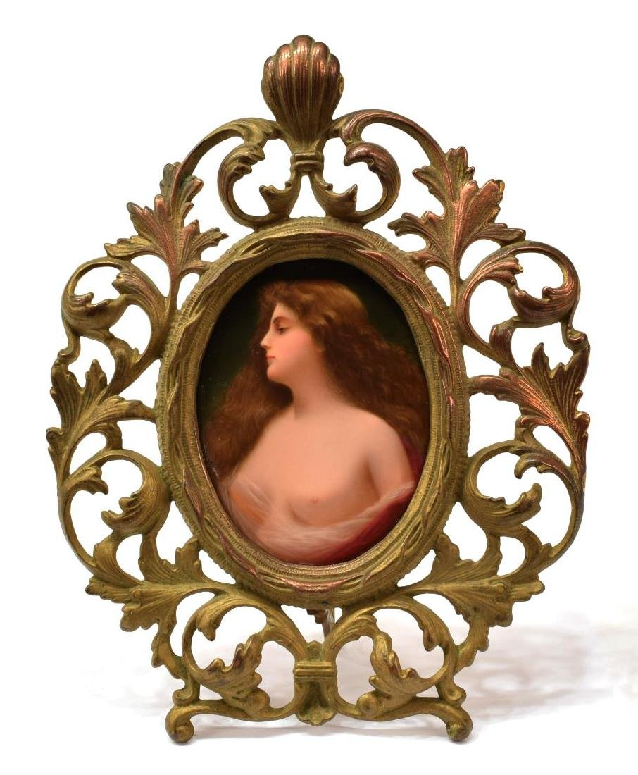PORCELAIN PLAQUE OF A BEAUTY, AFTER ANGELO ASTI - 2
