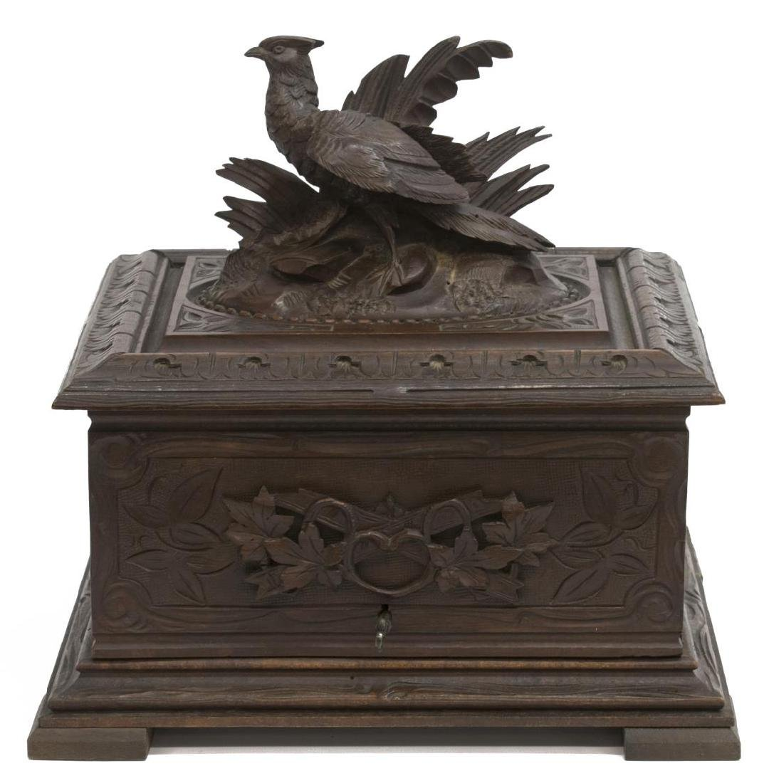 BLACK FOREST PHEASANT CARVED FITTED CIGAR BOX