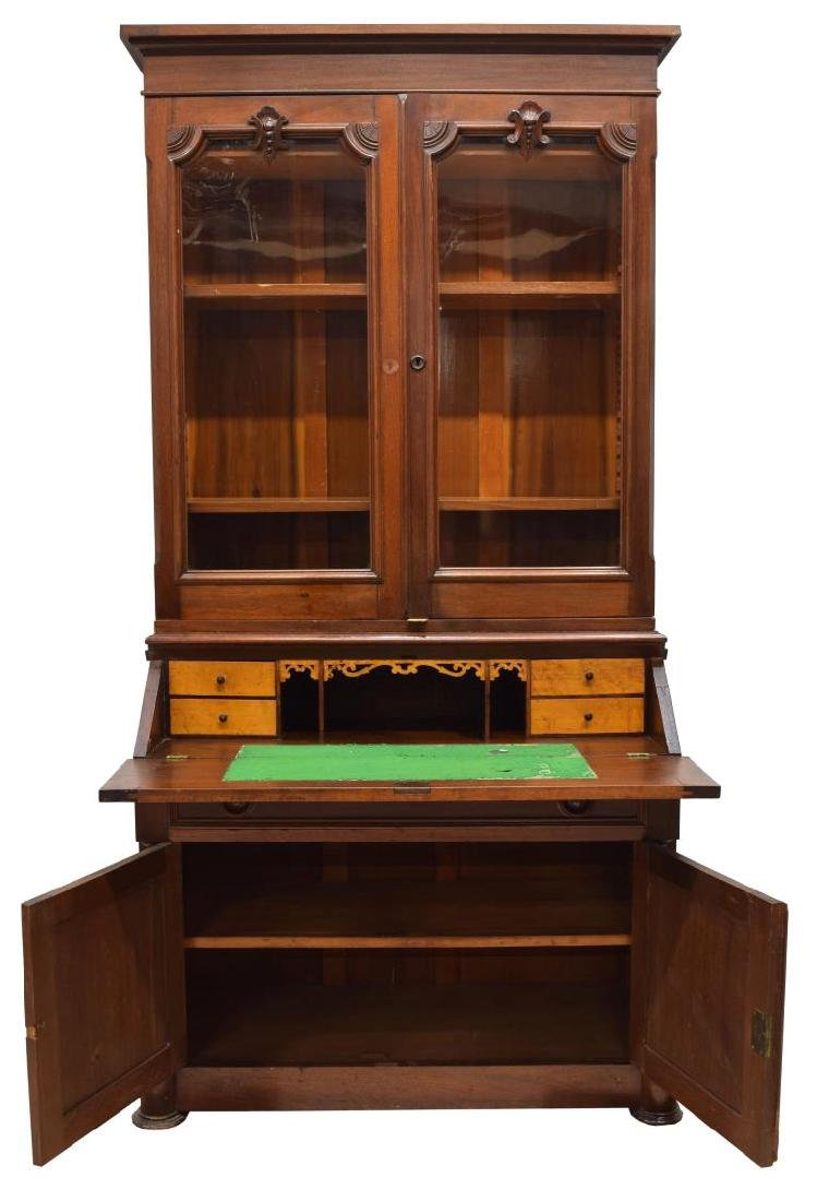 AMERICAN WALNUT SECRETARY BOOKCASE, 19TH C. - 2