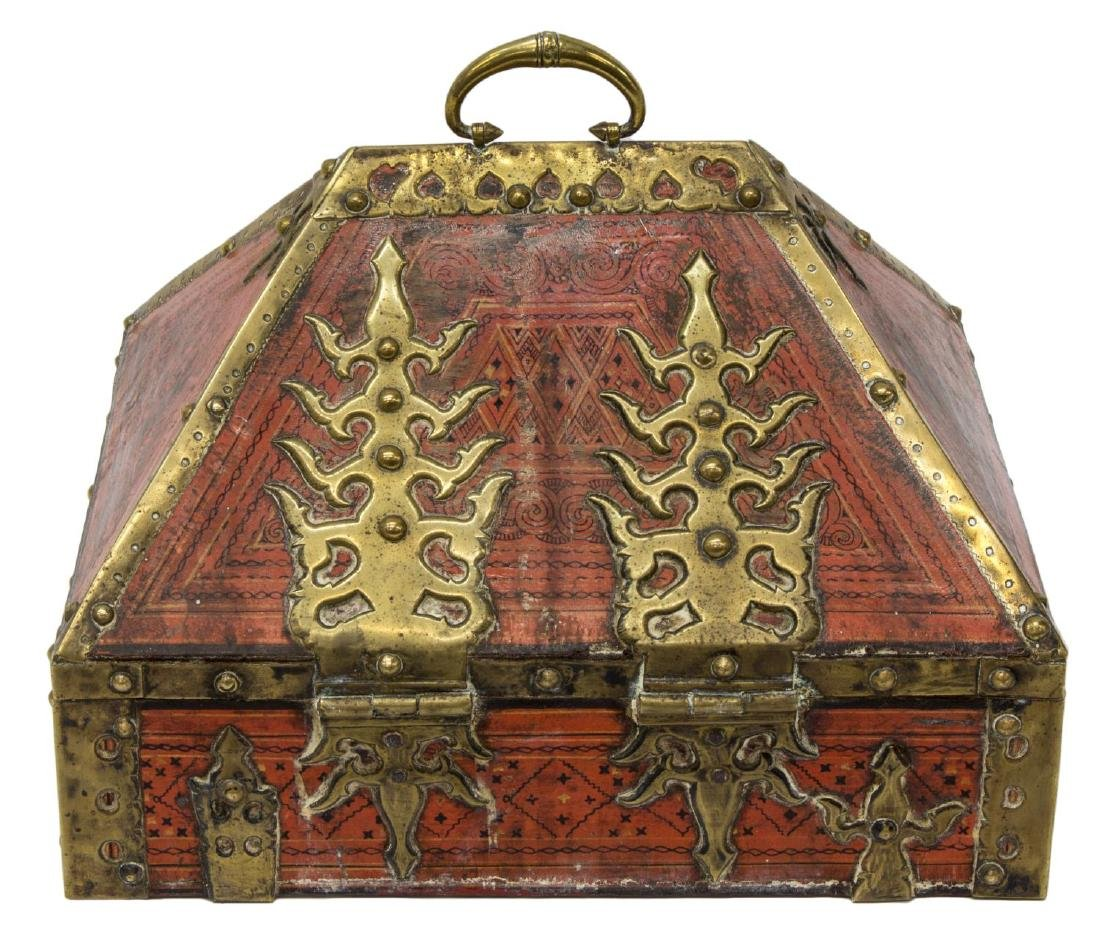 ANTIQUE ARABESQUE & BRASS MOUNTED TABLE BOX, INDIA - 4