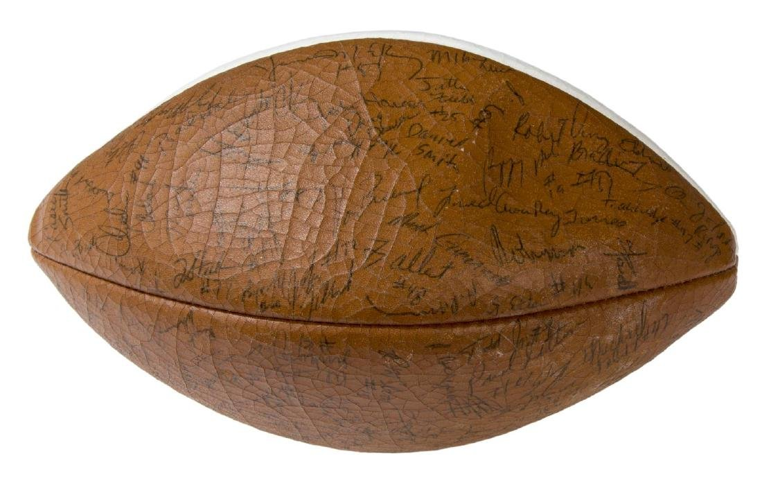 TEXAS LONGHORN AUTOGAPHED BALL, AKERS, TEAM - 3