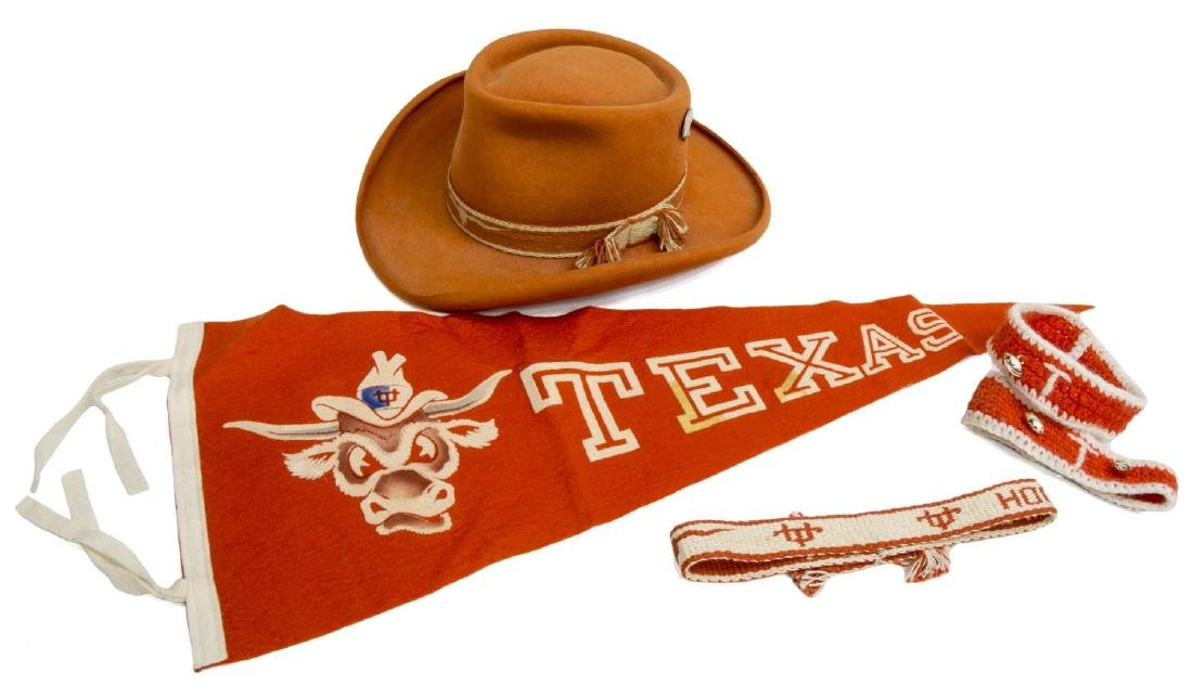 (5) VINTAGE UNIVERSITY OF TEXAS ACCESORIES