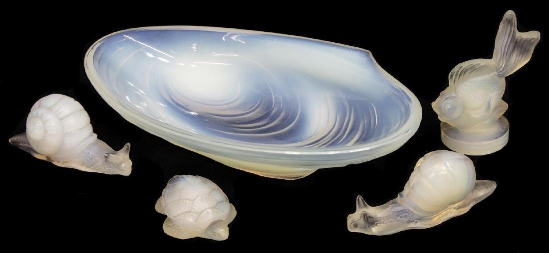 (5)SABINO OPALESCENT ART GLASS SHELL, FISH, SNAILS