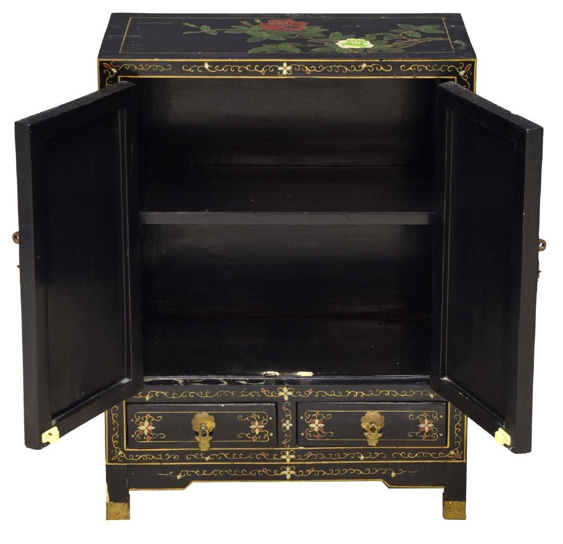 CHINESE BLACK LACQUER STONE FIGURAL CABINET - 2