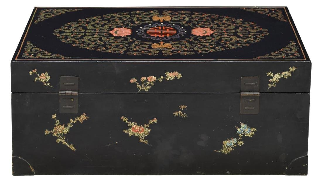 CHINESE BLACK LACQUER DRAGON DECORATED TRUNK - 2