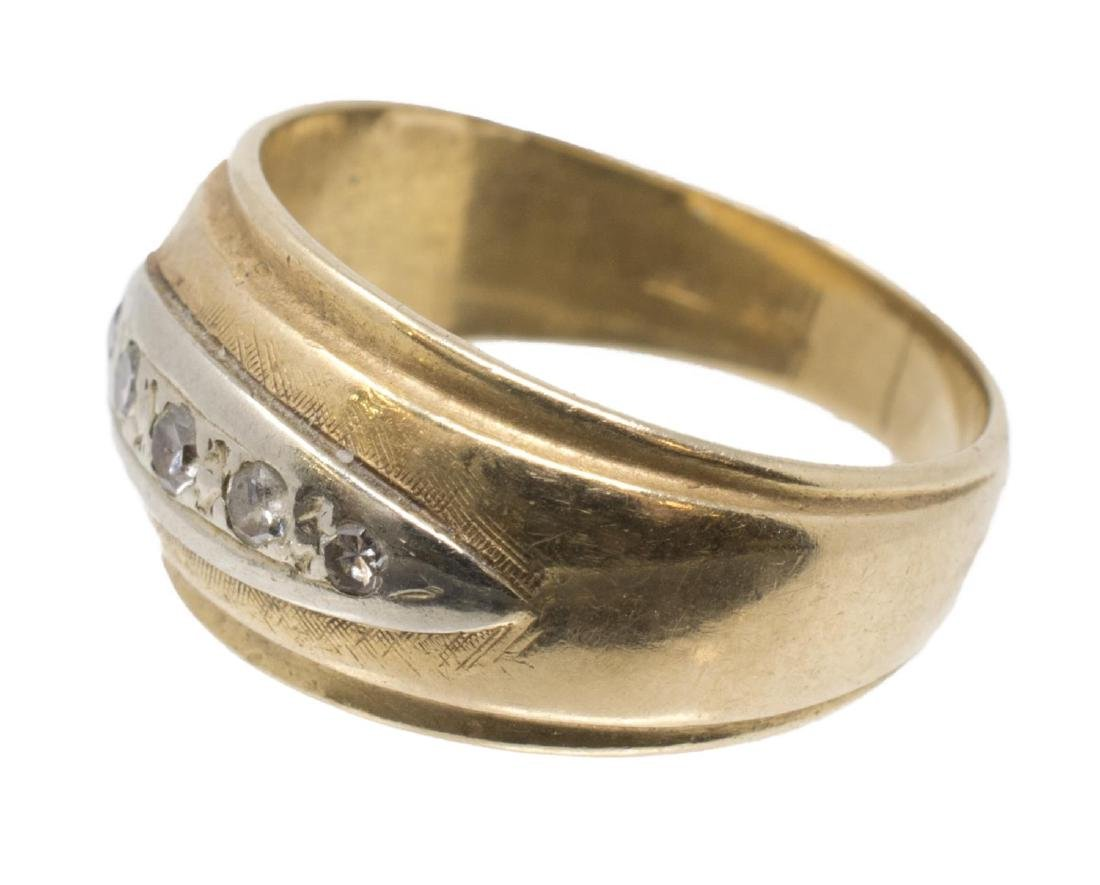 LADIES 14KT YELLOW GOLD & DIAMOND ESTATE RING