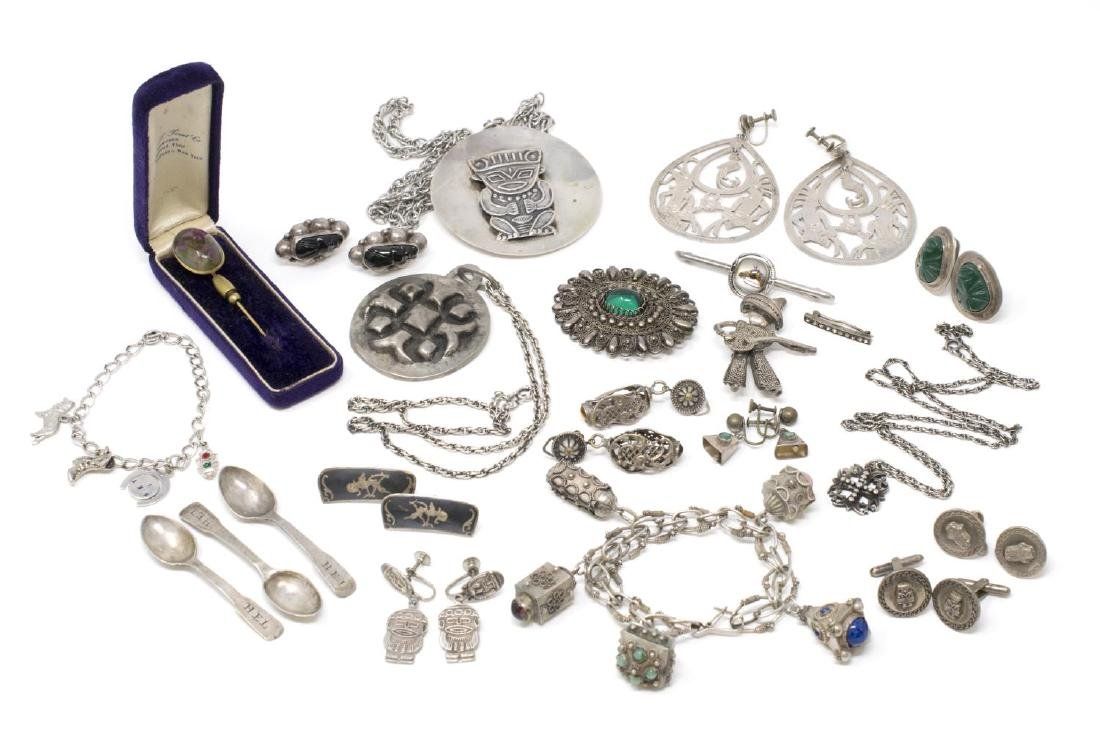 HUGE GROUP 900, STERLING & METAL ESTATE JEWELRY