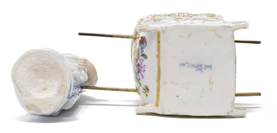 (2) PORCELAIN FEMALE FIGURES WOMAN IN SEDAN CHAIR - 6