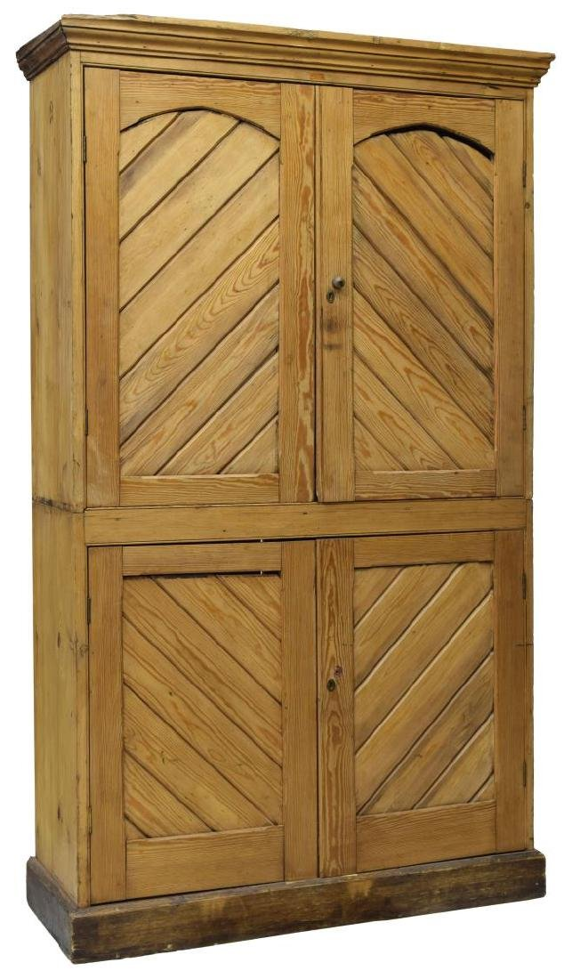 ENGLISH COUNTRY PINE CUPBOARD, 19TH C.