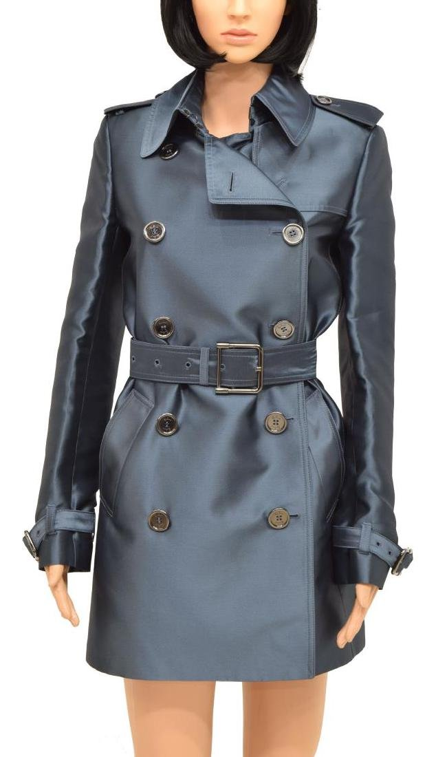 f02b246ccfcb BURBERRY LONDON 'HARBOURNE' WOMEN'S TRENCH COAT - Oct 28, 2017 | Austin  Auction Gallery in TX