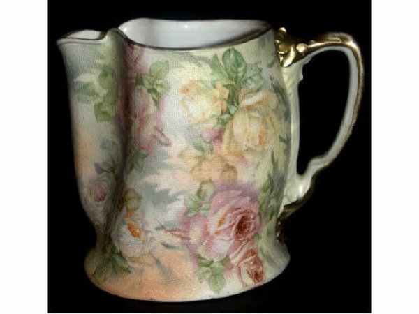 706: ROYAL BAYREUTH ROSE TAPESTRY PITCHER