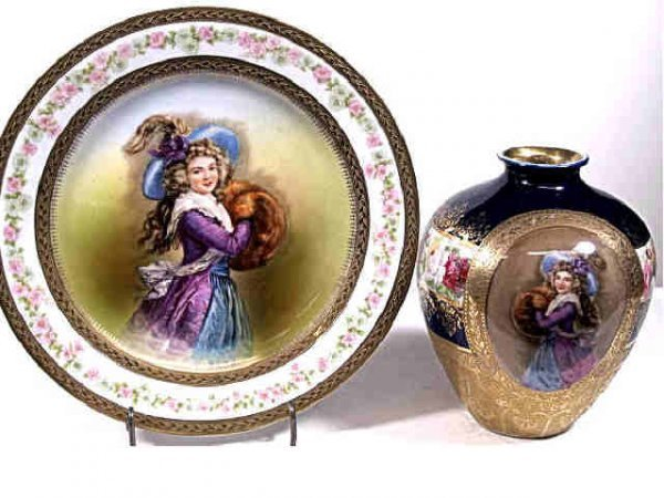 712: TWO ROYAL BAYREUTH PORTRAIT VASE & PLATE