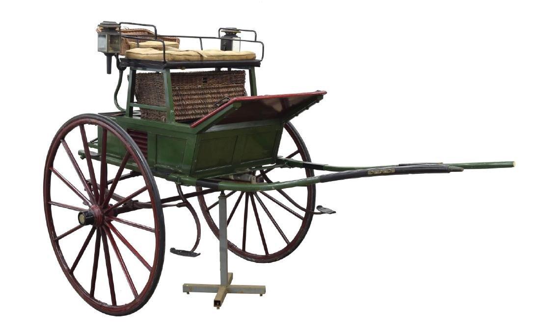 AMERICAN HORSE-DRAWN COCKING CART, C. 1903