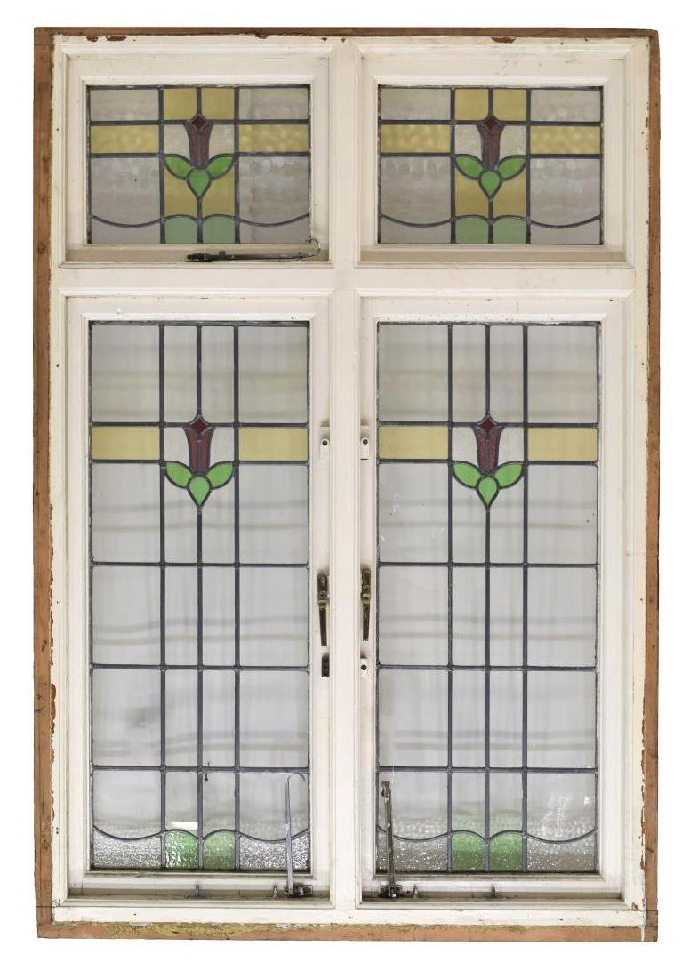 LARGE LATE VICTORIAN STAINED LEADED GLASS WINDOW - 2