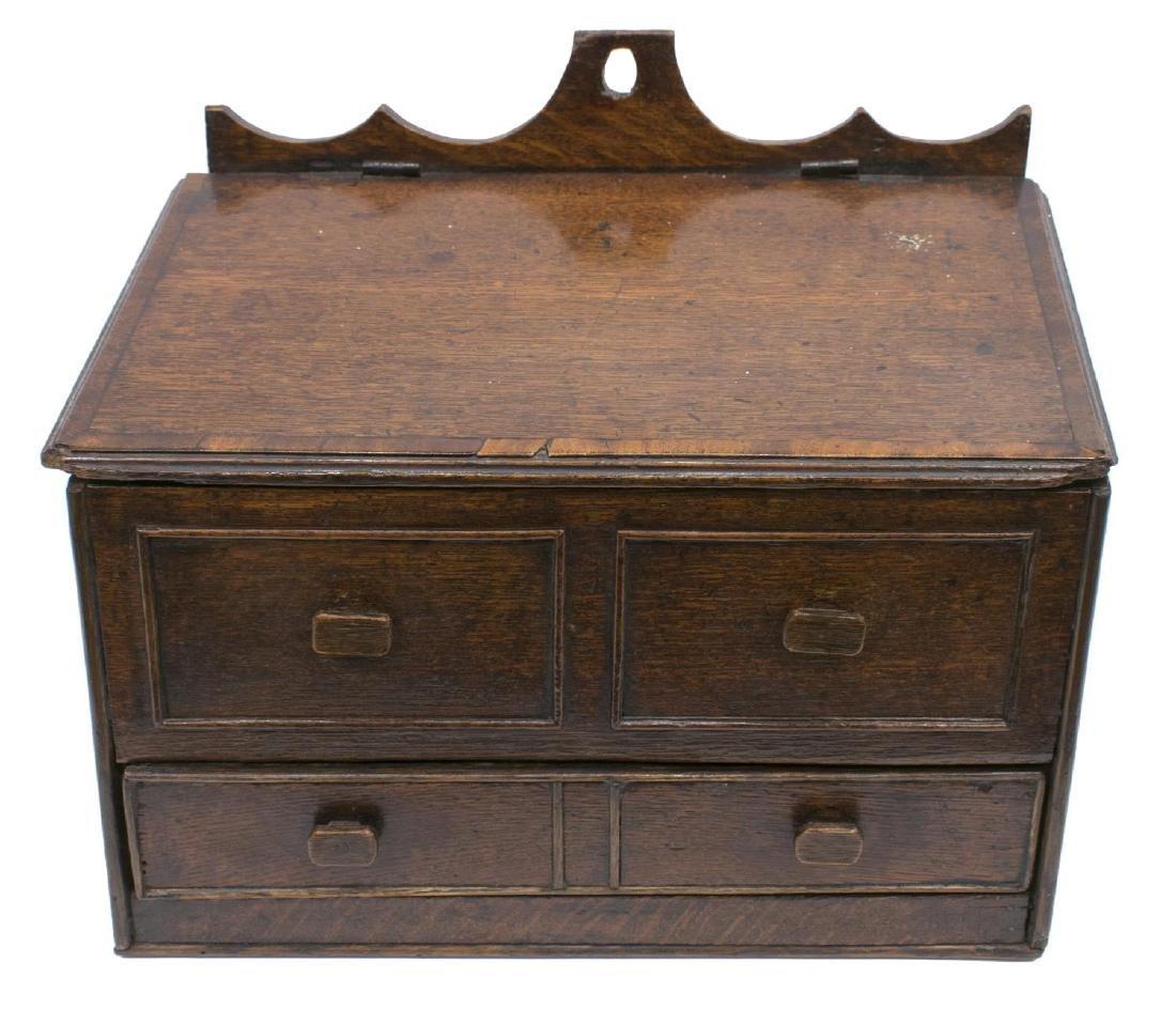 ENGLISH OAK WALL-MOUNTED CANDLE BOX, 19TH C. - 2