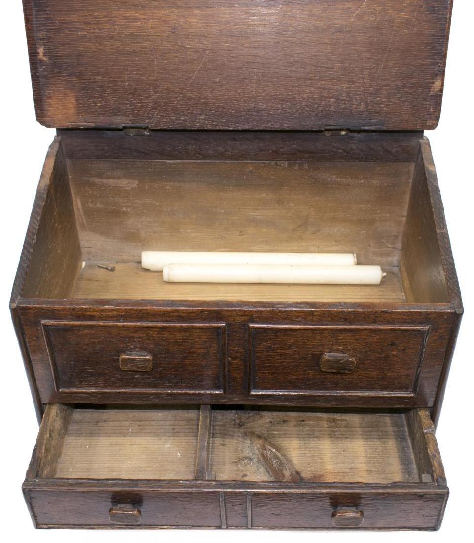 ENGLISH OAK WALL-MOUNTED CANDLE BOX, 19TH C. - 3