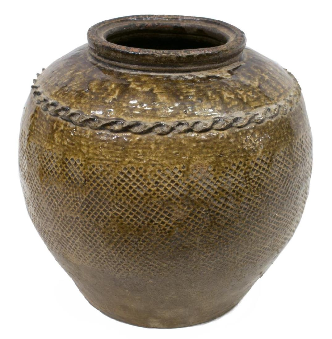LARGE ANTIQUE CHINESE EARTHENWARE WINE JAR - 2