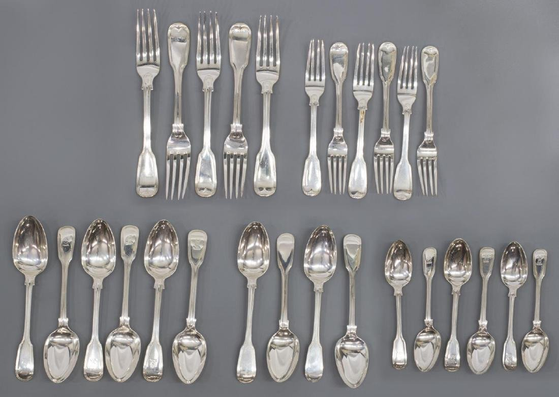 (23) GEORGIAN & VICTORIAN STERLING SILVER FLATWARE