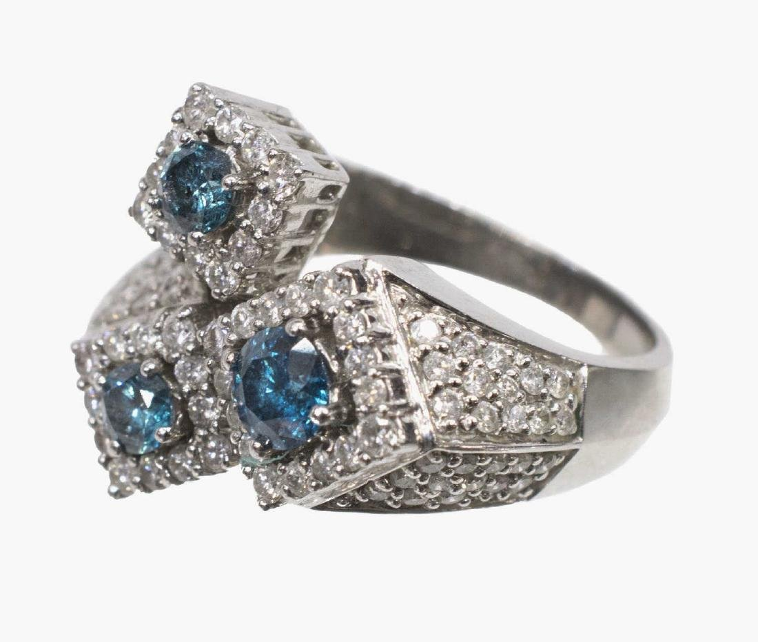LADIES BLUE & WHITE DIAMOND 14KT GOLD ESTATE RING