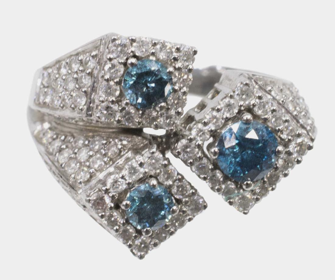 LADIES BLUE & WHITE DIAMOND 14KT GOLD ESTATE RING - 2