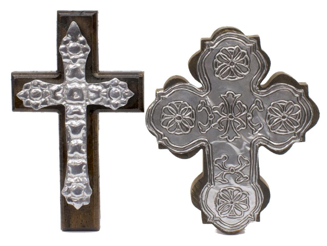 (5) DECORATIVE METALWARE GROUP, PEWTER, CROSSES - 3