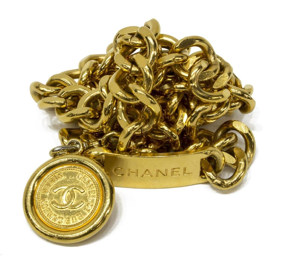 CHANEL GOLD TONE CHAIN-LINK MEDALLION BELT
