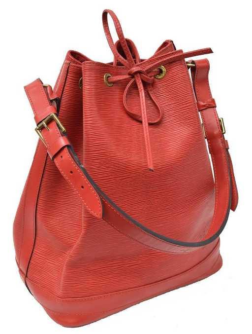 00e4821f8100 LOUIS VUITTON  NOE GM  RED EPI LEATHER BUCKET BAG