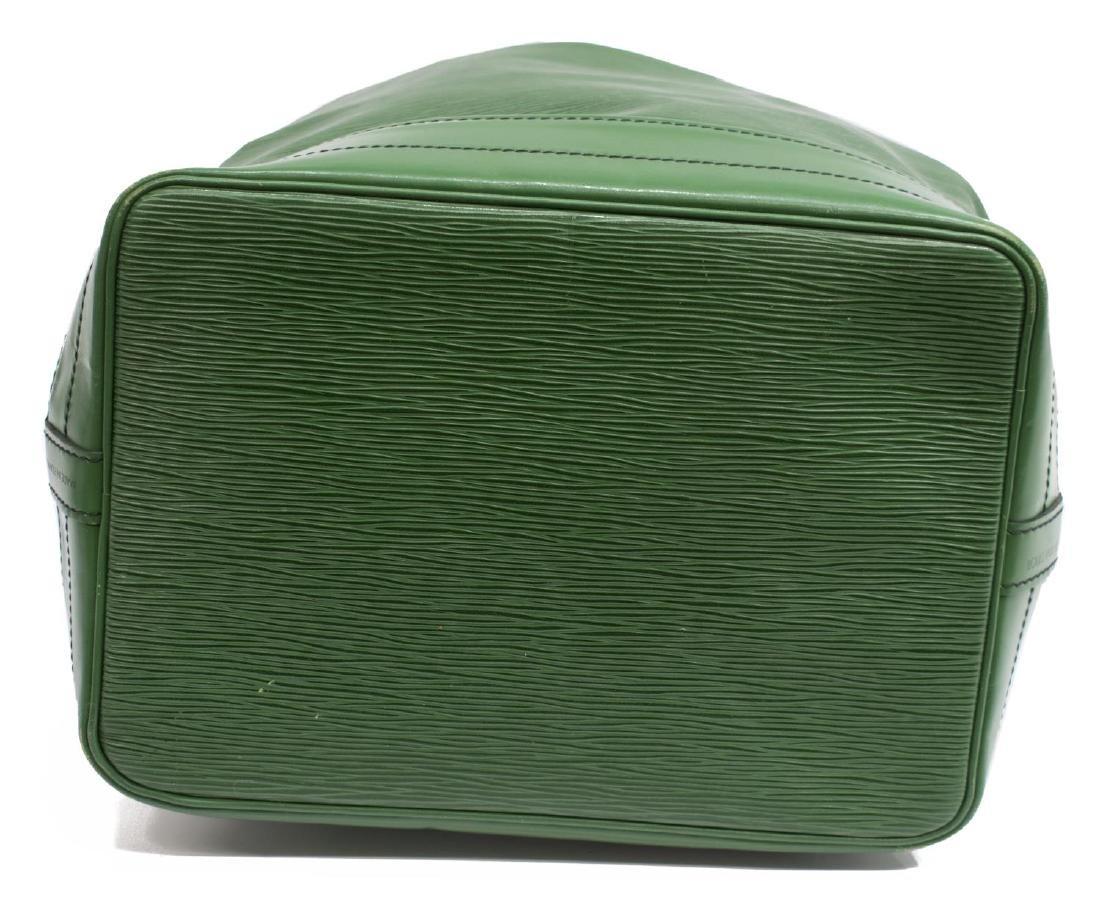 LOUIS VUITTON 'NOE' GREEN EPI LEATHER BUCKET BAG - 3