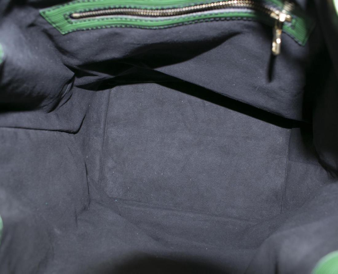 LOUIS VUITTON 'NOE' GREEN EPI LEATHER BUCKET BAG - 4