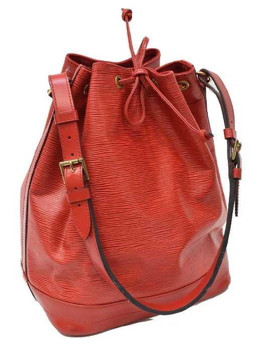 f7cbd67e6b9a LOUIS VUITTON  NOE GM  RED EPI LEATHER BUCKET BAG