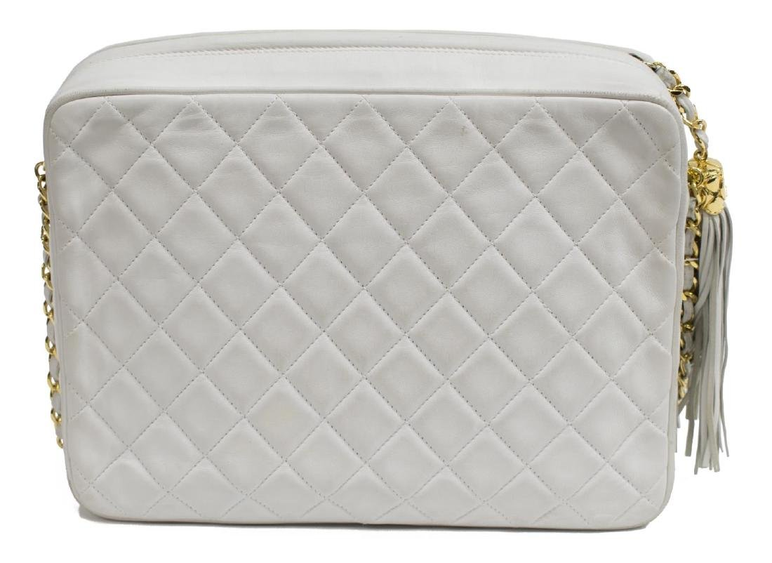 CHANEL 'CAMERA' WHITE QUILTED LEATHER TASSEL BAG - 2