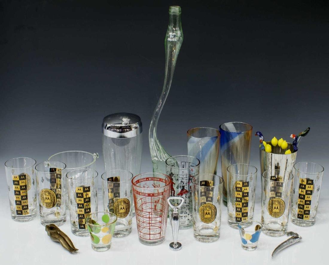 (32) MID-CENTURY MODERN BARWARE DRINKS SET