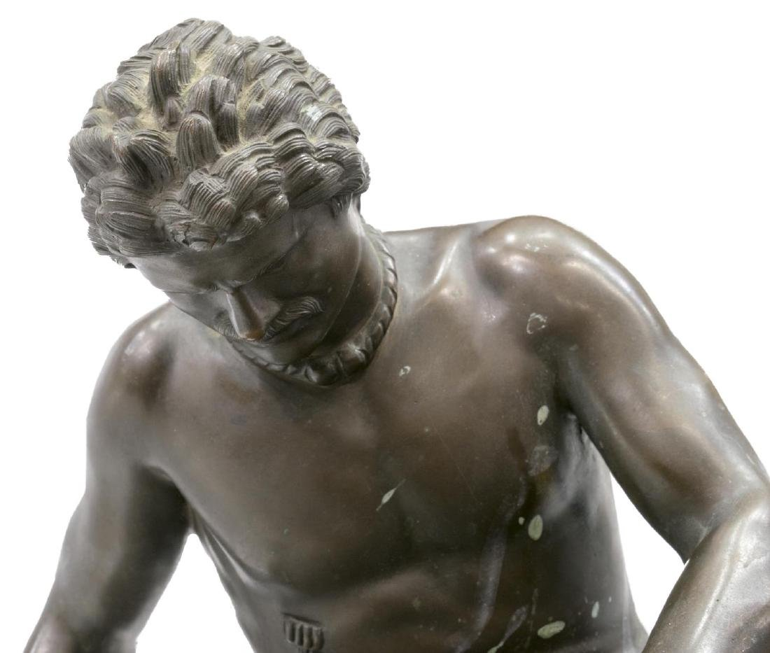 CONTINENTAL BRONZE SCULPTURE 'THE DYING GAUL' - 2