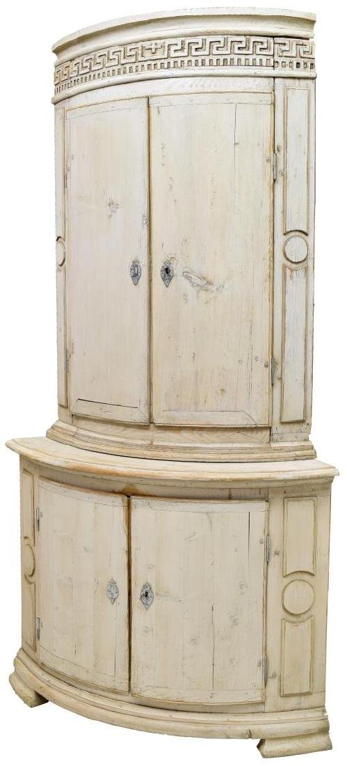 FRENCH PROVINCIAL PAINTED WOOD CORNER CABINET