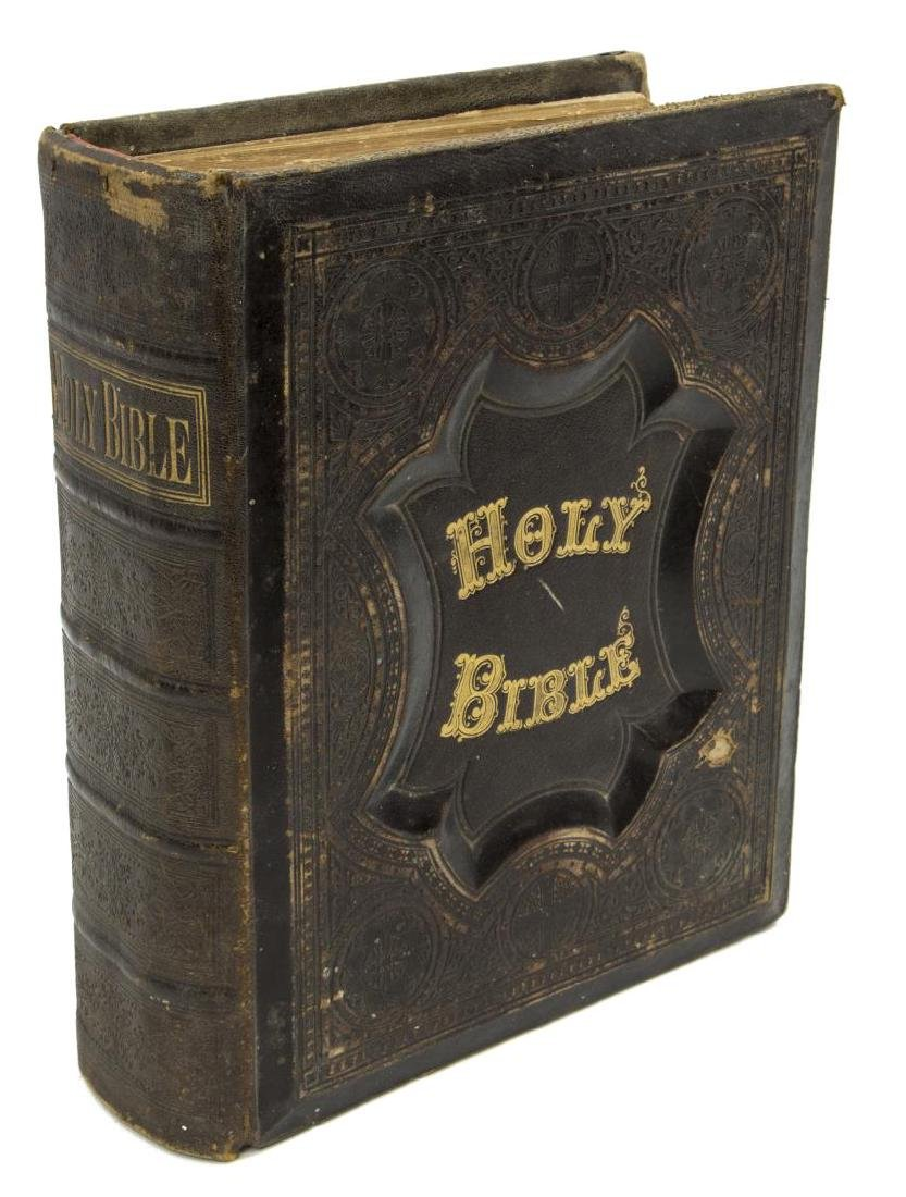 PICTORIAL FAMILY BIBLE W/ EMBOSSED LEATHER BINDING